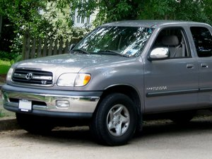 Toyota Tundra 1st Generation (2000-2006) Repair