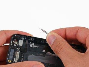 Sostituzione delle clips del pannello frontale di un iPhone 5