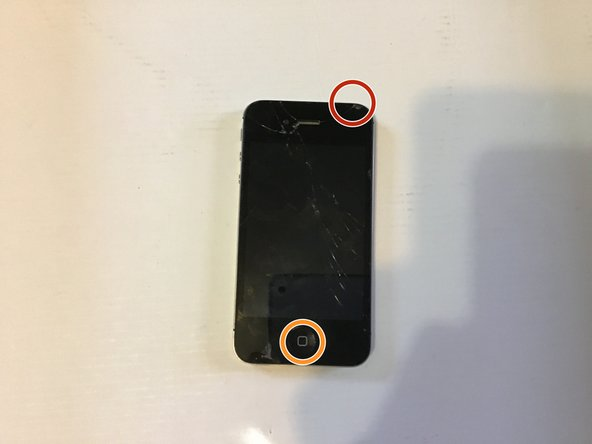 How to fix an iPhone 4S that won't turn on or charge