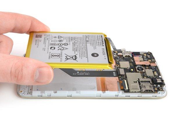 Remplacement de la batterie du Motorola Moto  E4 Plus