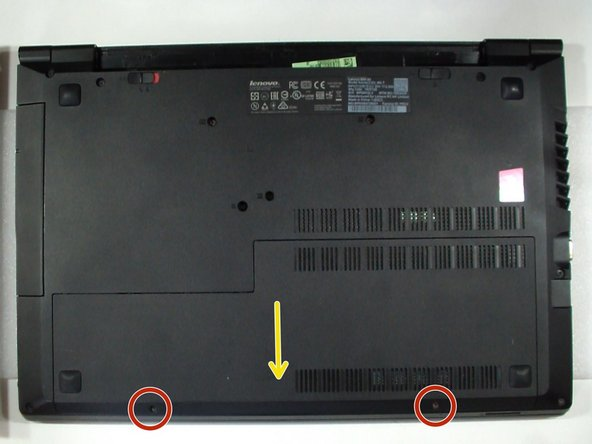 Remove the screws securing the Memory / HDD cover.