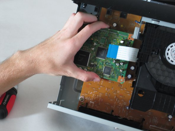 Removing Panasonic DVD-RV31 Player Motherboard