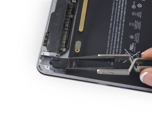 iPad Air 2 Wi-Fi オーディオジャックの交換