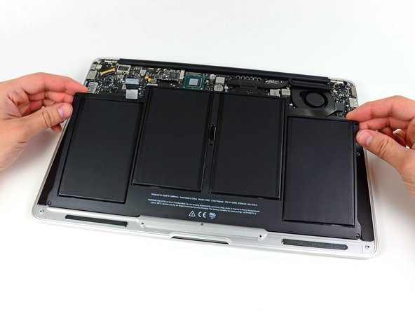 "Remplacement de la batterie du MacBook Air 13"" mi-2012"
