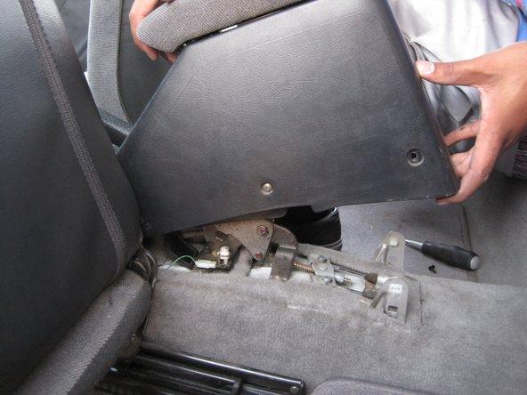 Removing 1994-2001 Acura Integra Center Console