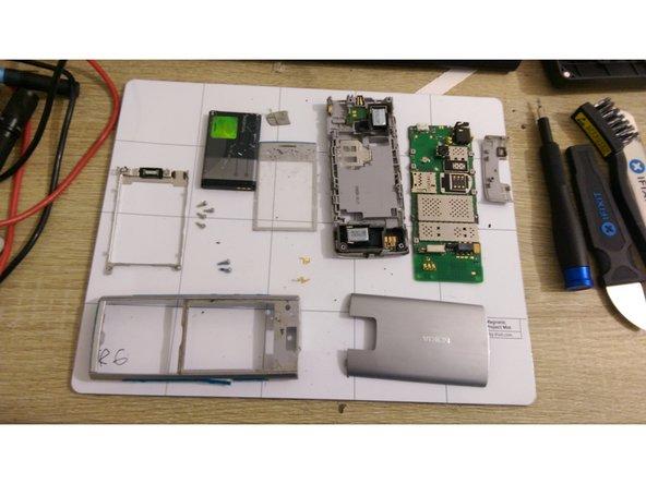 Disassembling Nokia X2-00