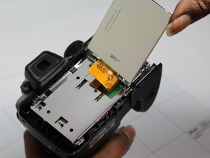 How to check Fujifilm FinePix S8200 for loose LCD connection