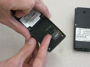 Disassembling Ericsson CF 388 Sim Card