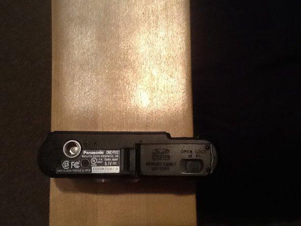 Panasonic Camera DMC-FX07 Battery Replacement
