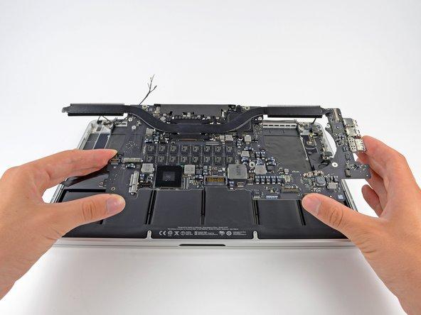 """Reemplazo del ensamblaje de pantalla de MacBook Pro 15"""" con Pantalla de Retina de Finales de 2013"""