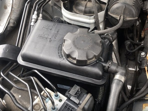 Vent/Bleed Coolant System on BMW E60/E90