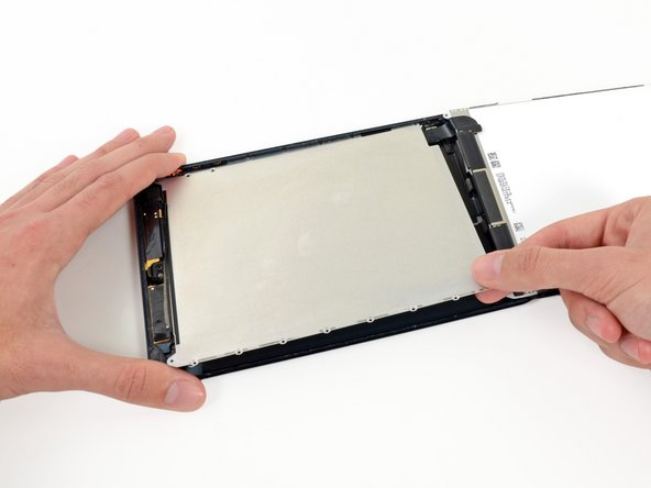 Remove the LCD shield plate from the iPad.