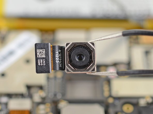 Motorola Moto E4 Plus Rear-Facing Camera Replacement