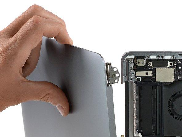 "MacBook Pro 13"" Four Thunderbolt Ports 2020 스크린 교체"