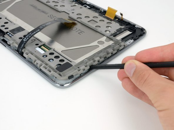 It's time for the moment of truth—when we find out if the LCD can be separated from the glass and digitizer.