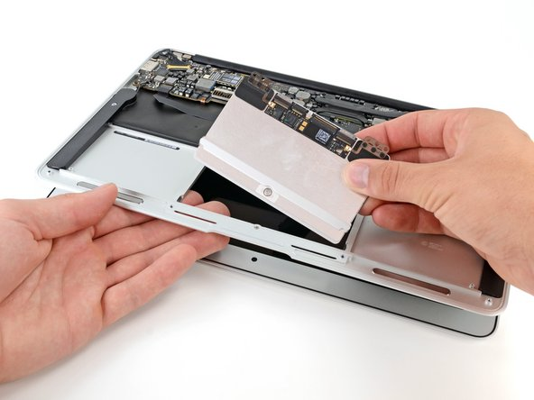 "MacBook Air 11"" Mid 2013 Trackpad Replacement"