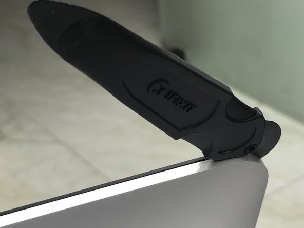 Opening the iMac has never been easier with ifixit opening tool.