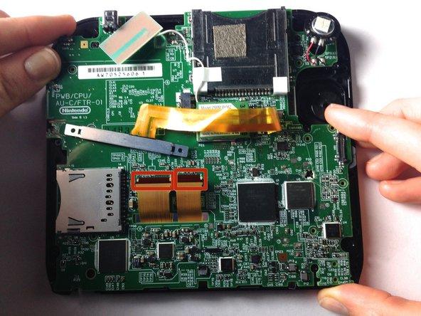 Nintendo 2DS マザーボードの交換
