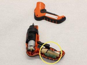 Remplacement de la batterie de la Black and Decker LI4000