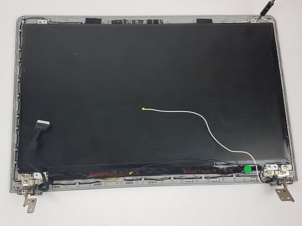 Samsung NP510R5E-A01UB Display Replacement