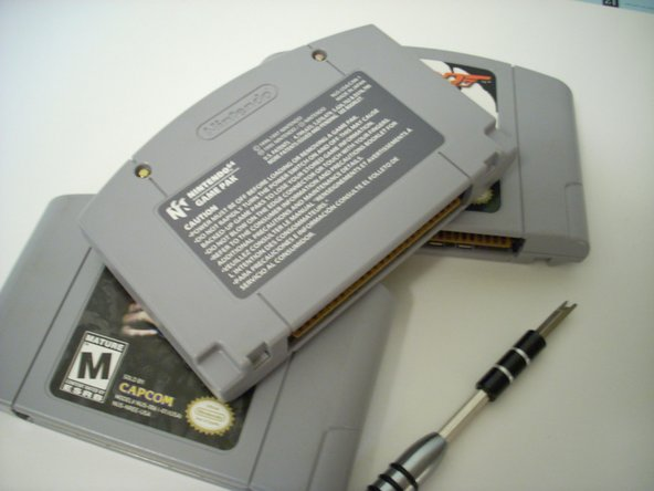 Disassembling Nintendo 64 Cartridge