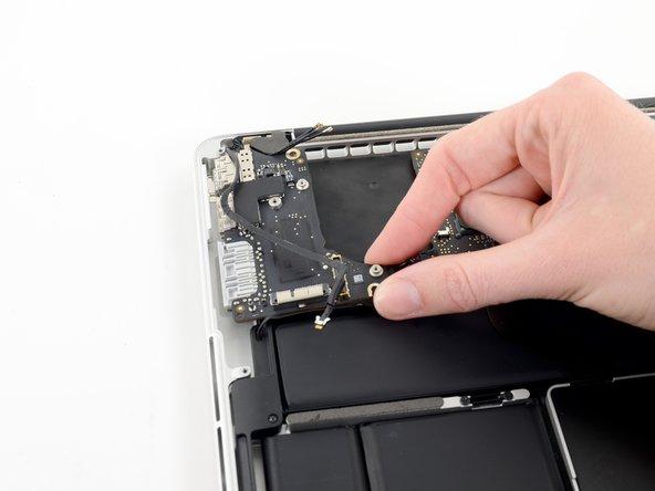 MacBook Pro (13 Zoll, Anfang 2013, Retina Display) I/O Board austauschen