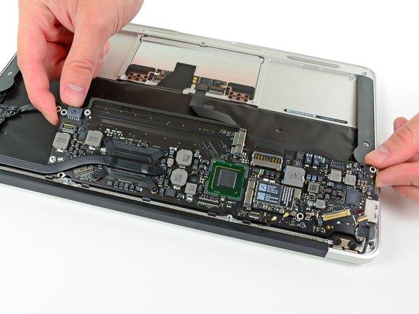 "MacBook Air 11"" Mid 2012 Logic Board Replacement"