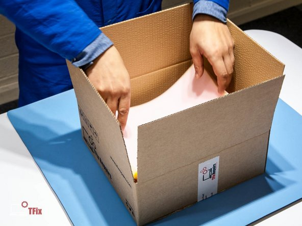 Only rigid boxes with plenty of sufficient packaging to be used when transporting circuit boards to minimise the risk of shock or flex damage during transit. Make sure there is plenty of padding around the circuit board, however the board should not shift inside the box to prevent shock damage.