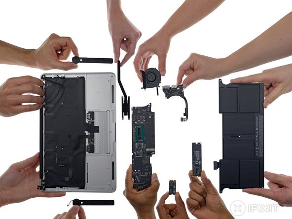"""MacBook Air 11"""" Early 2015 Repairability Score: 4 out of 10 (10 is easiest to repair)."""