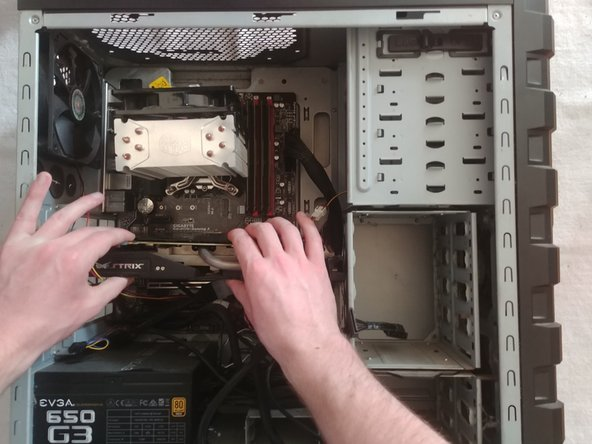 Remove the GPU from the case. If it does not move, check to make sure that steps 3-5 were properly performed.