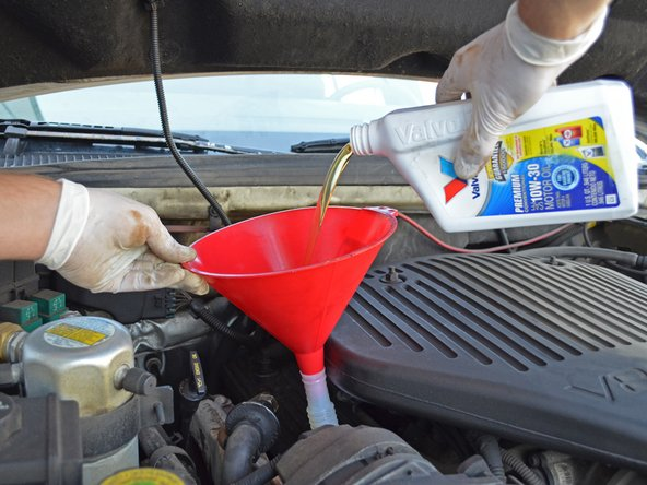 1993-1996 Cadillac Fleetwood Oil Change