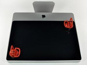 """Installazione del pannello di vetro nell'iMac Intel EMC 2134 ed EMC 2211 da 24"""""""