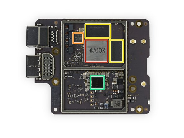 We're pleased to see that Apple keeps with the tradition of easily removable logic boards for the Apple TV 4K.