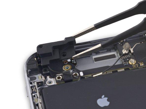 iPhone 6s Plus 左上方的Wi-Fi天线更换