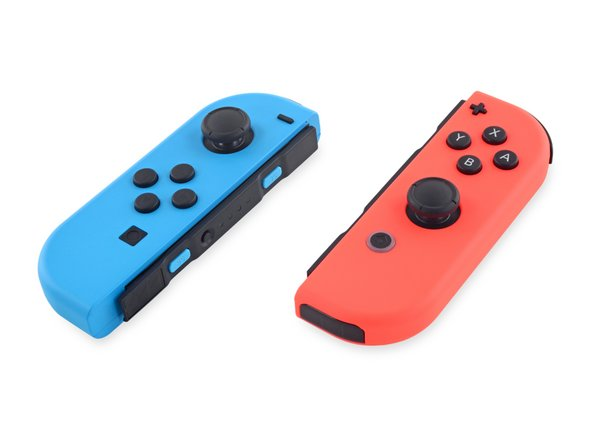 Nintendo provided some color coding to remind us that these seemingly identical Joy-Cons actually house different hardware.