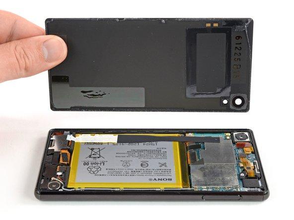 Sony Xperia Z4 Back Cover Removal