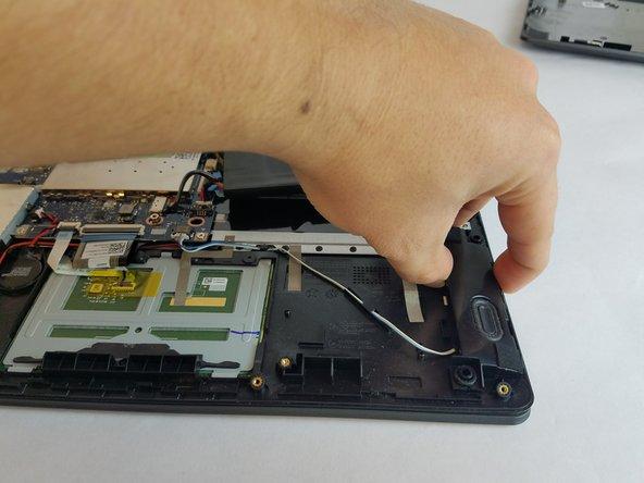 Lenovo IdeaPad Flex 4-1470 Speaker Replacement