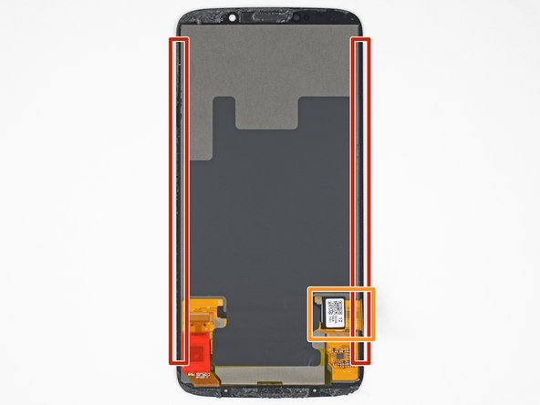 In the following steps, you will separate the display assembly from the Moto Z3 Play's chassis.