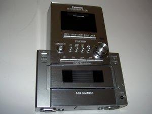 Disassembling front of the Panasonic SA-PM17