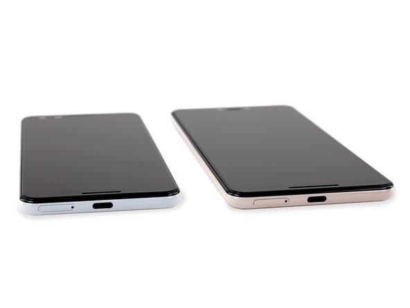 The front-firing speakers on both Pixel 3's leave the aluminum frame devoid of any speaker grilles.