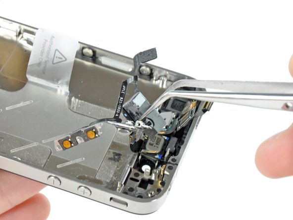 iPhone 4 Headphone Jack & Volume Control Cable Replacement