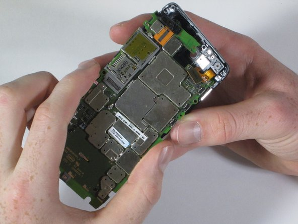 Motorola Droid RAZR M Motherboard Replacement