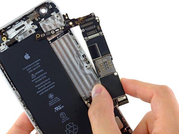 iPhone 6 Plus Logic Board ersetzen