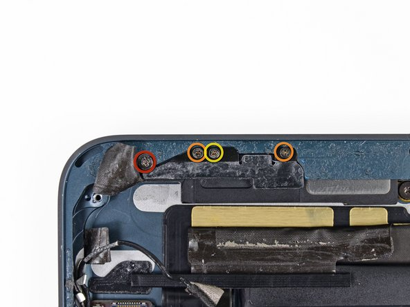 Remove the following screws securing the  GPS antenna to the rear case: