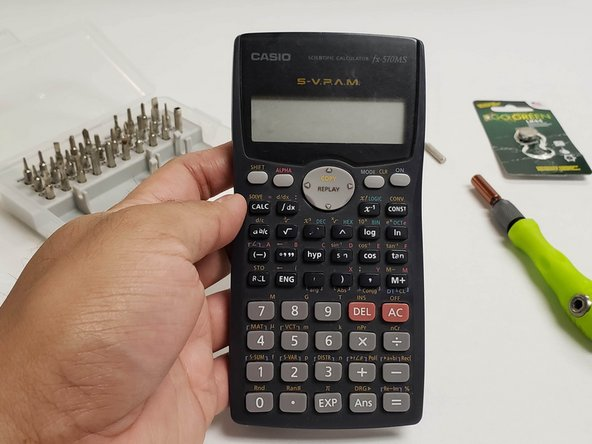 Sostituzione batteria CASIO fx-570MS