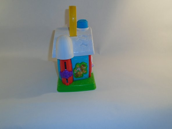This is the front and back of the toy houses.