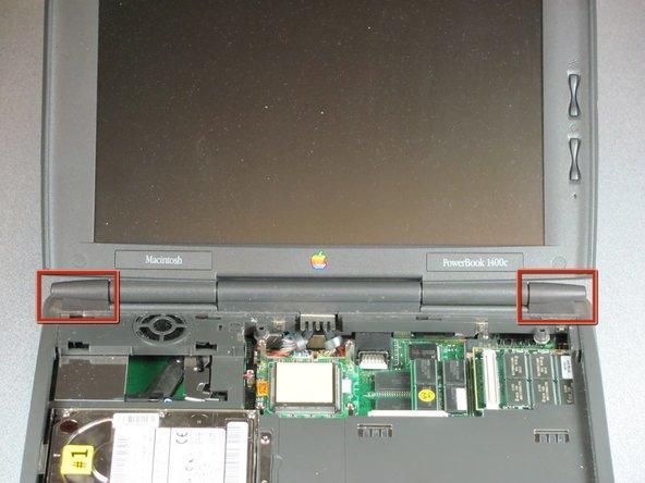 Replacing the Macintosh PowerBook 1400c Monitor