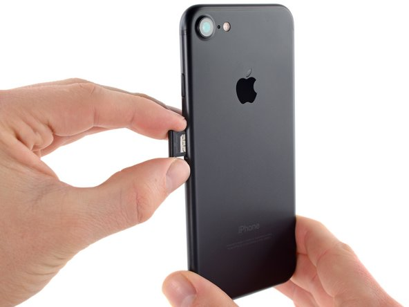 iPhone 7 SIM Card Replacement