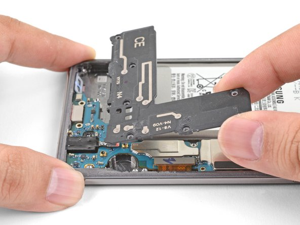 Samsung Galaxy S10+ Loudspeaker Replacement