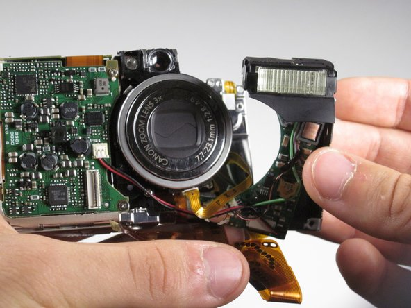 Now you should be able to remove the flash unit from the camera.